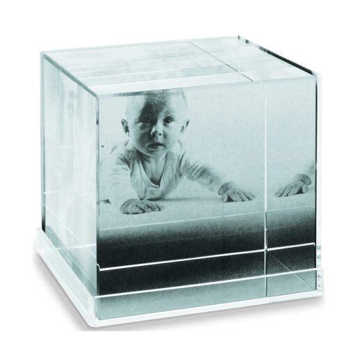fotohoidja-cubic-kristall